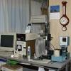 店内にはシャッターテスター、AE試験器、オートコリメーター、コリメーターなどの装置が並んでいます