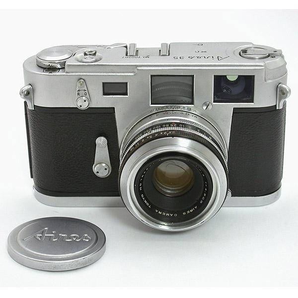 ライカM3によく似た端正なデザイン アイレス35ⅢC/ コーラル45mmF2.4