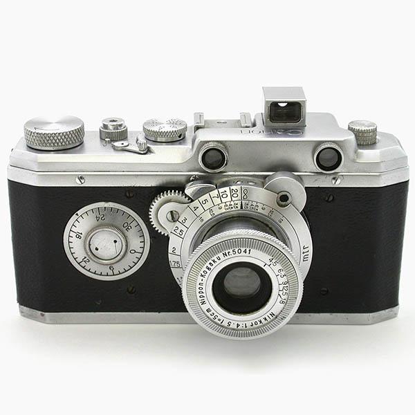 キヤノン標準型 ニッコール50mmF4.5 ボディ前面のフィルムカウンターが大きな特徴